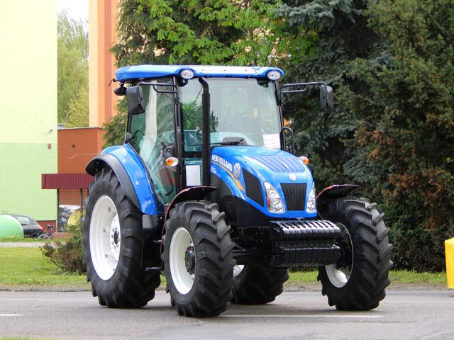 New Holland Utility Tractor